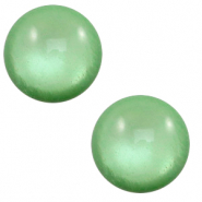7 mm classic Cabochon Polaris Elements soft tone shiny Meadow green
