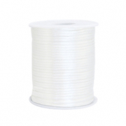 Satijn draad 1.5mm Ivory white