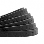 "Plat 5mm DQ leer met ""live the life you love"" print Nero black"