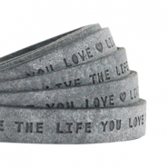 "Plat 10mm DQ leer met ""live the life you love"" print Antracita Zwart"