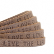 "Plat 5mm DQ leer met ""live the life you love"" print Chocolate brown"