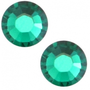 Swarovski Elements SS20 flat back (4.7mm) Emerald green